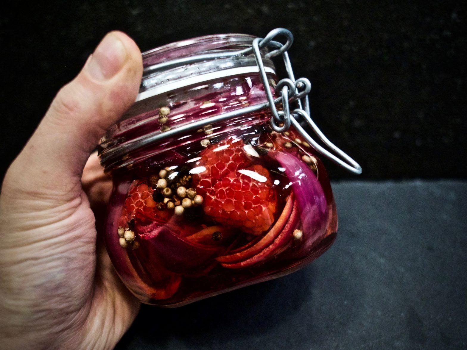 Hindbærsyltede rødløg